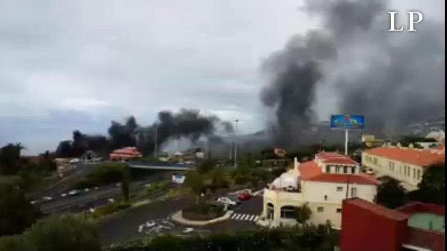 Desalojadas varias personas por el incendio en un edificio al norte de Tenerife
