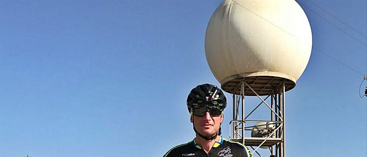 El ciclista del club Picanya Emil Bogdanov en la Bola. | C.C.P.