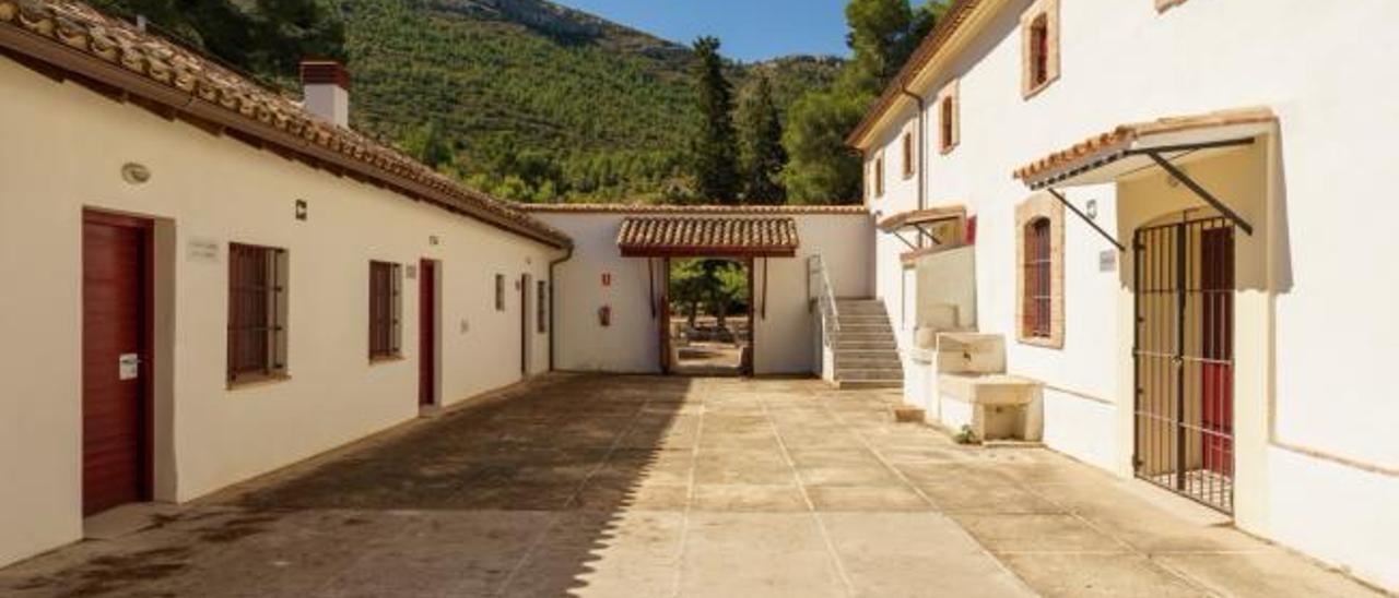 Uno de los patios interiores de la Casa el Clau, que será reformada para el nuevo centro. | AJUNTAMENT ALBAIDA