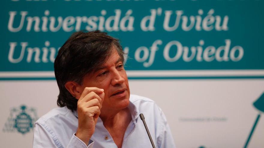Asociación para la Transparencia pide explicaciones claras y rigurosas a la Universidad de Oviedo y a Otín