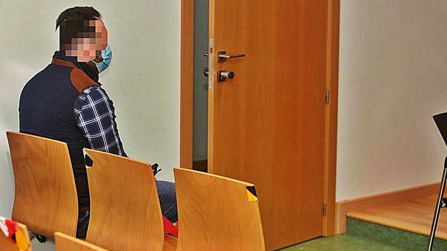 Absuelto un policía acusado de agredir a un detenido en Alicante