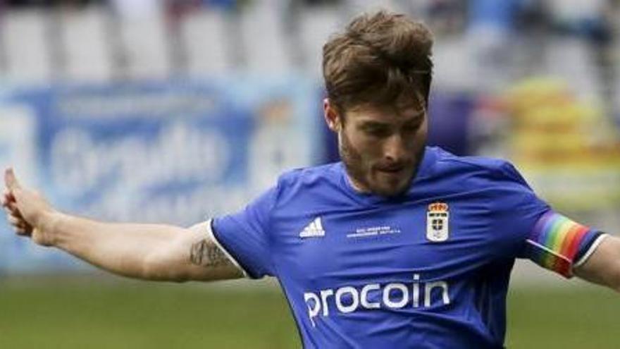 El Oviedo aparta a Erice del entrenamiento y Hierro le deja fuera de la lista para Elche
