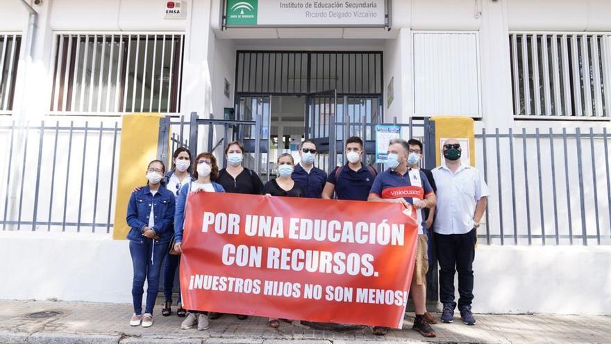 Protesta de padres de alumnos de Secundaria en Pozoblanco