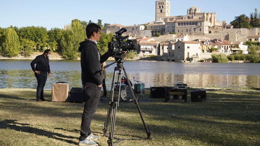 """""""Un país para escucharlo"""", de Ariel Rot, visita Zamora para grabar con Pedraza y El lado oscuro de la broca"""