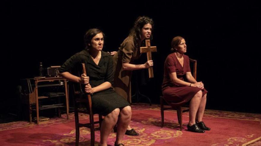 El patiment silenciat de les dones a la Guerra Civil puja a l'escenari del Micalet