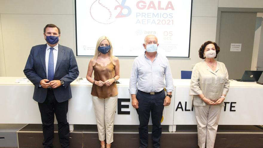 Las empresas familiares alicantinas premian a Marjal, Rolser, Domti y al fundador de Pikolinos