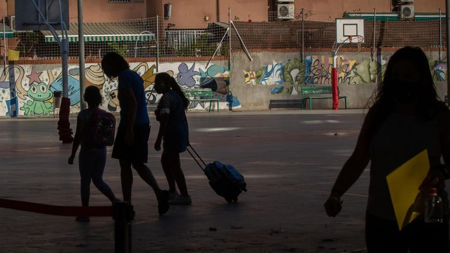 "La pandemia lleva a Cataluña a dar ""un paso atrás"""