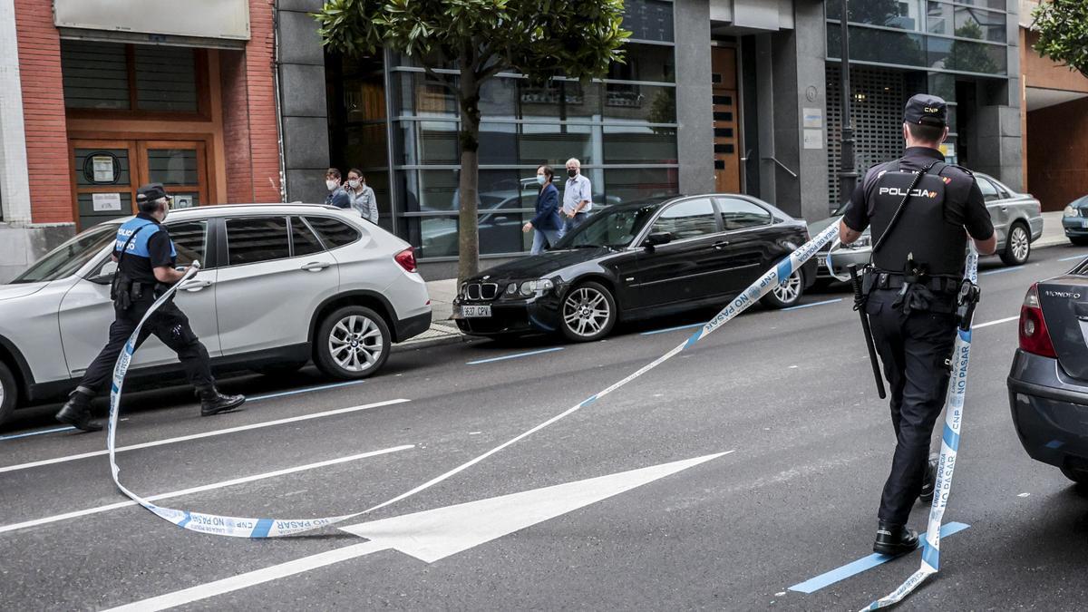 Amenaza de bomba en Oviedo: desalojan el Centro Cívico y acordonan la zona