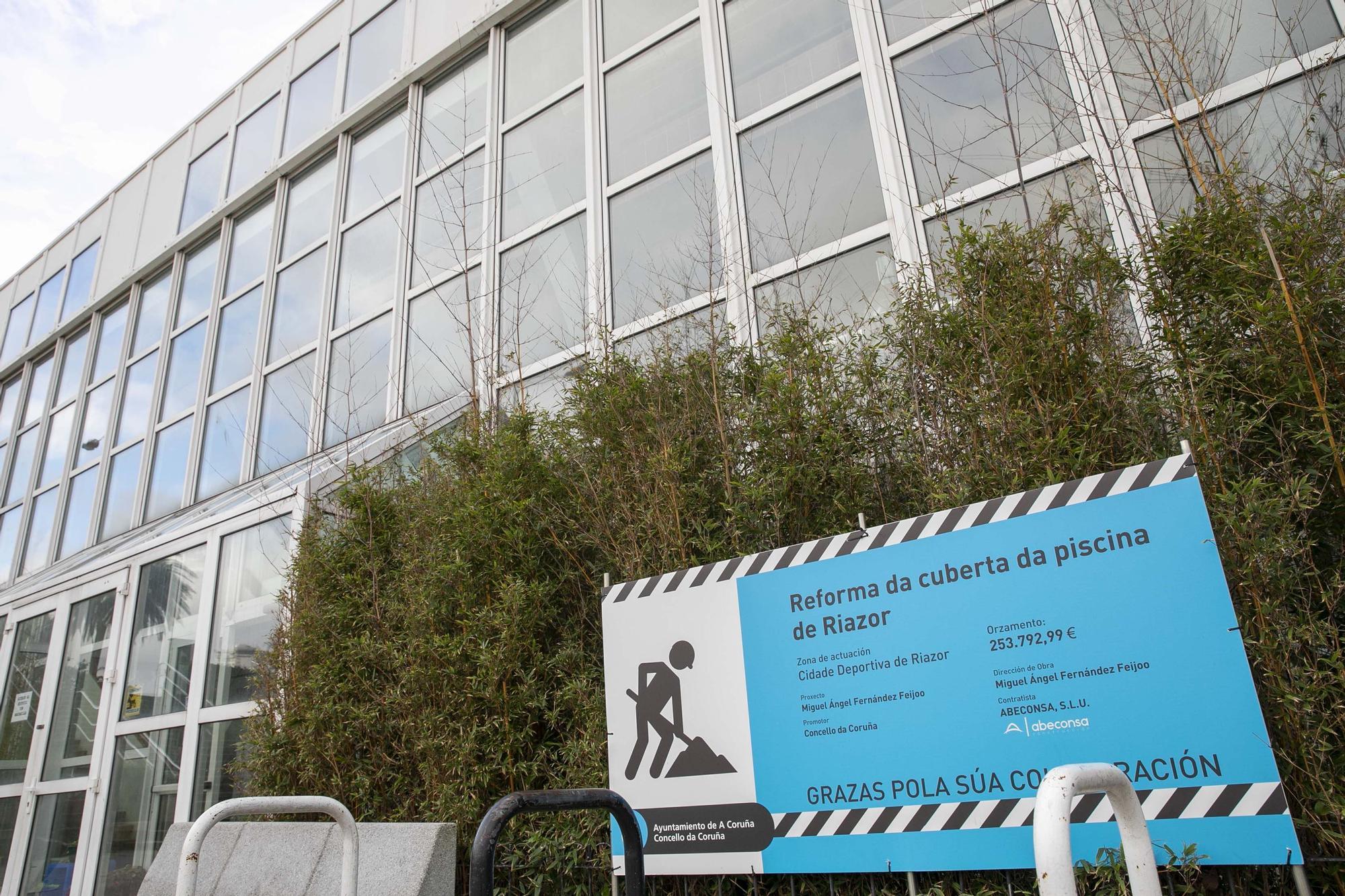 El Concello inicia las reparaciones en la piscina de Riazor, que durarán dos meses