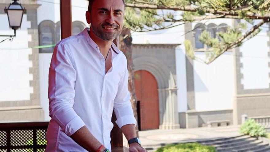 El presentador Raúl Arencibia abre con su pregón las fiestas de San Antonio