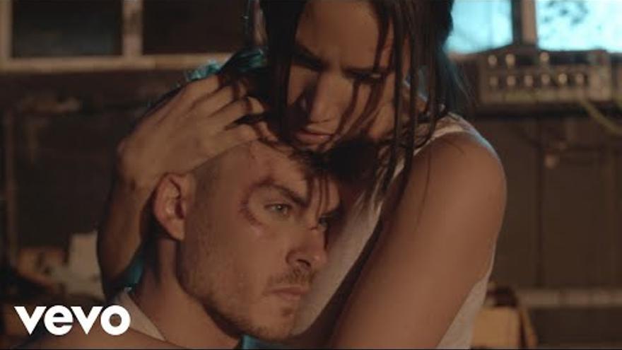 India Martínez estrena junto a Dvicio el nuevo sencillo 'No me basta'