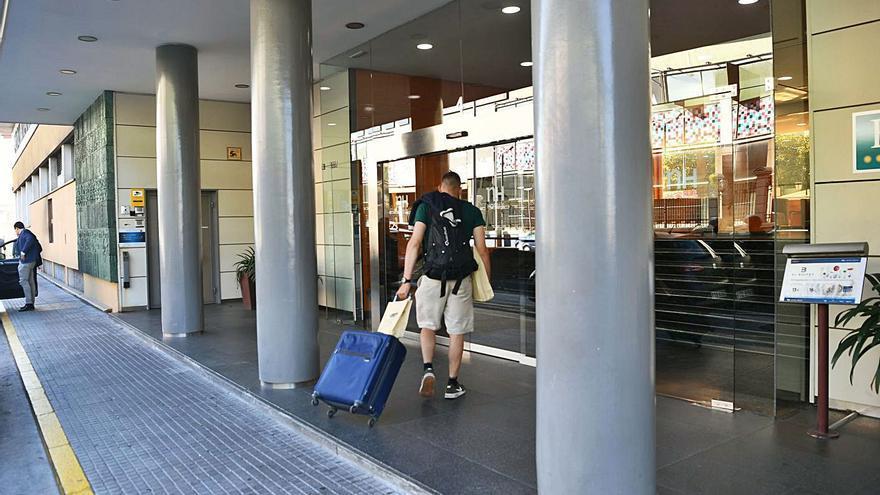 La facturación hotelera se desploma en Galicia un 62% en 2020 y se prevé otra caída del 30% este año