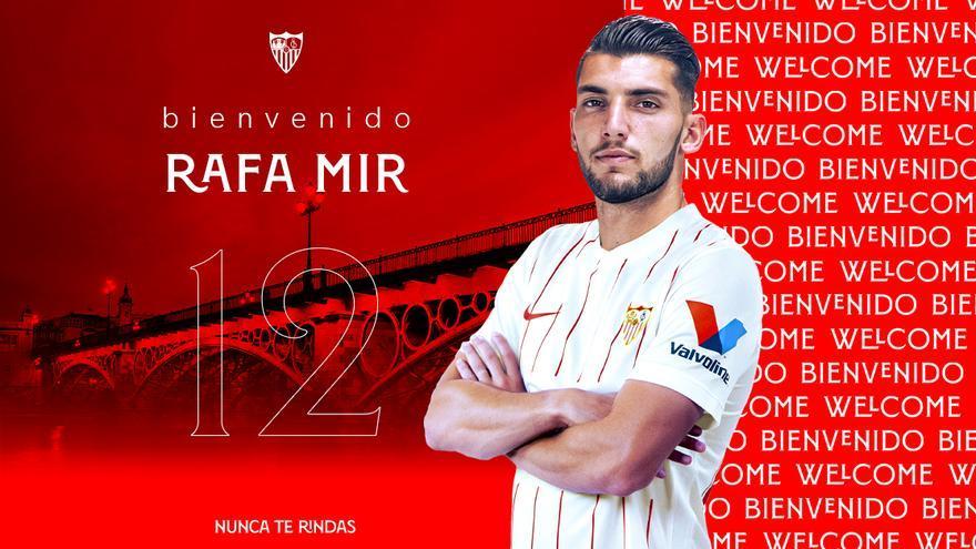 El Sevilla hace oficial el fichaje de Rafa Mir