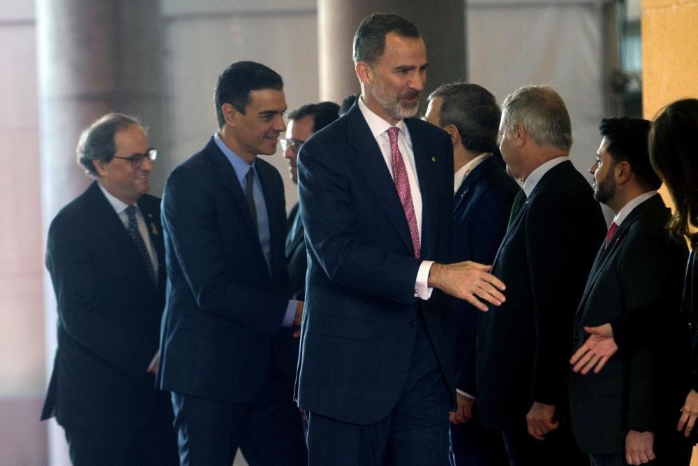 Felipe VI, Sánchez y Torra, a su entrada en la MWC
