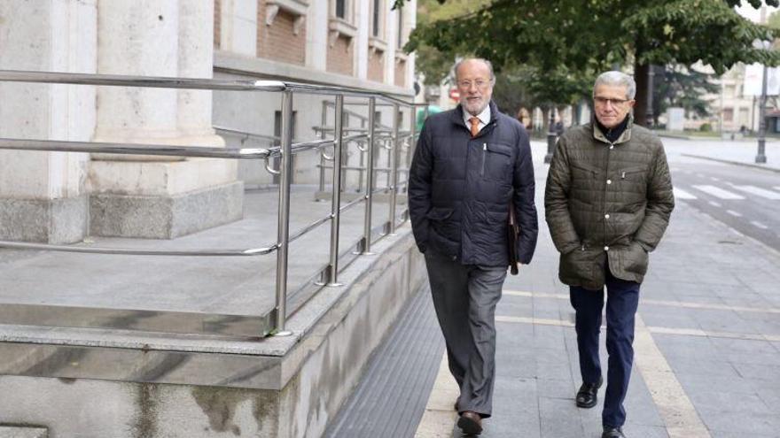 Caso PGOU: De la Riva defiende que se fió del secretario general