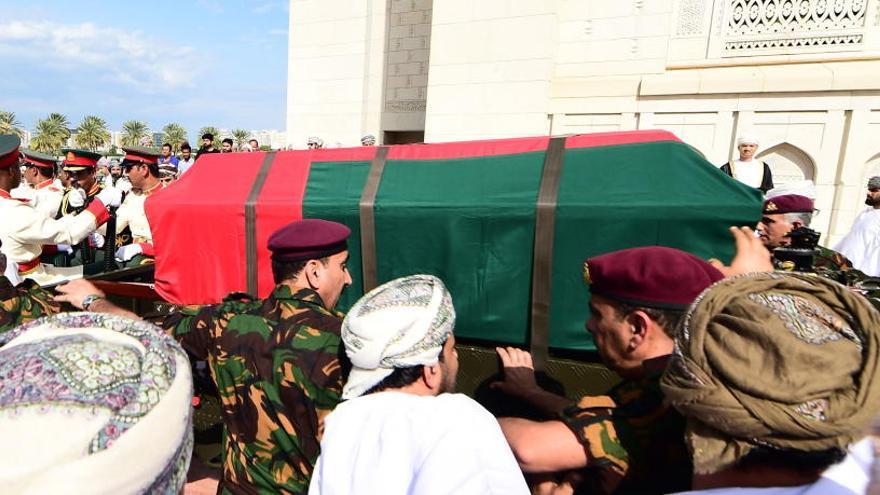 Omán cierra una era con la muerte del sultán Qabus