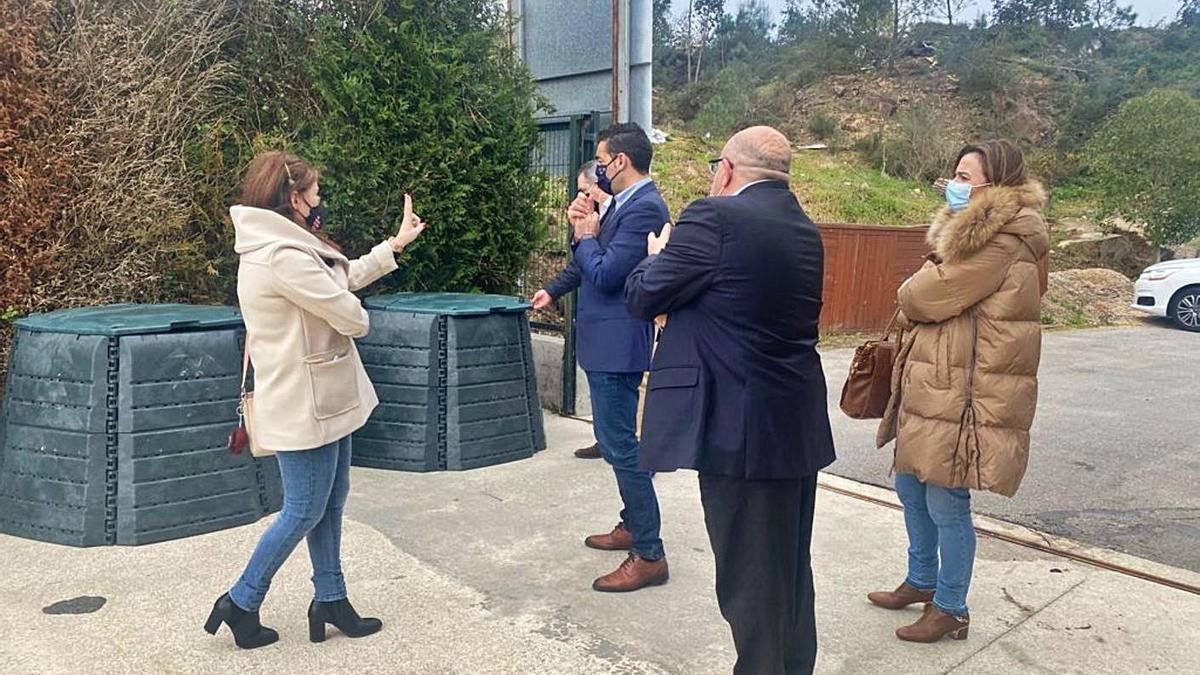Visita de Luis López al Punto Limpo de Cambados. |   // FDV