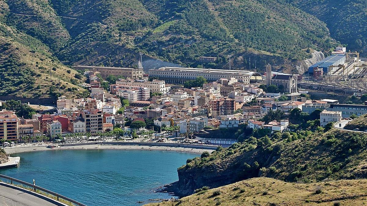 Portbou és un dels municipis gironins que els autors de l'estudi situen en una situació crítica de despoblament. | CC0