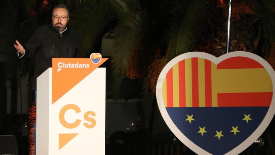 Girauta, al PSC per no donar suport a la moció: «Llepaculs, immorals i traïdors»