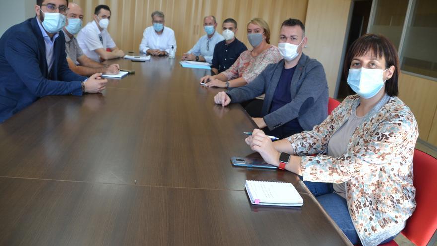 Los alcaldes de cuatro pueblos de l'Horta aceptan que el autobús no está masificado