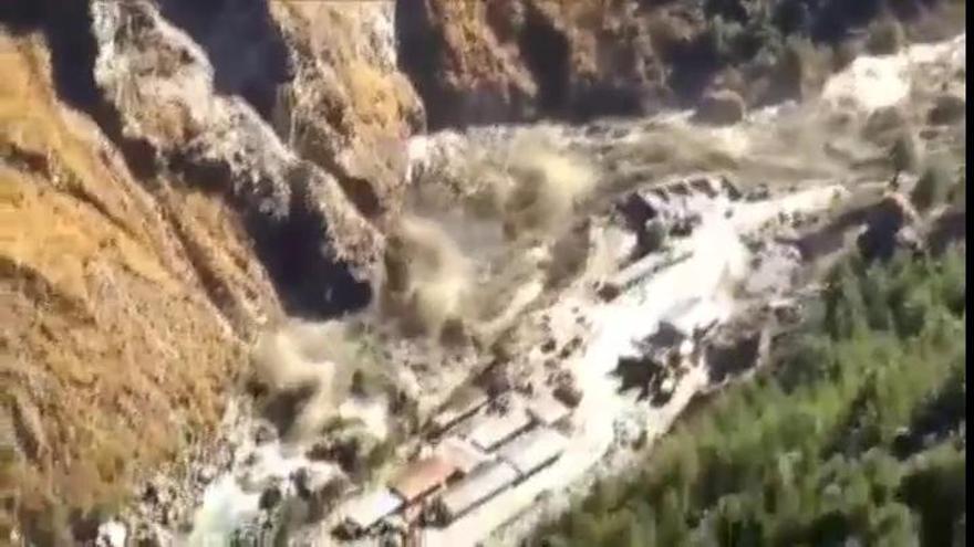 Al menos 19 muertos y 200 desaparecidos en una avalancha de agua y lodo en India