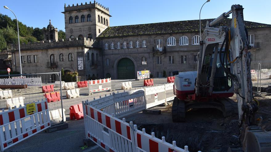El PP reclama que se consensúe el destino del muro hallado en la Praza de Ponteareas