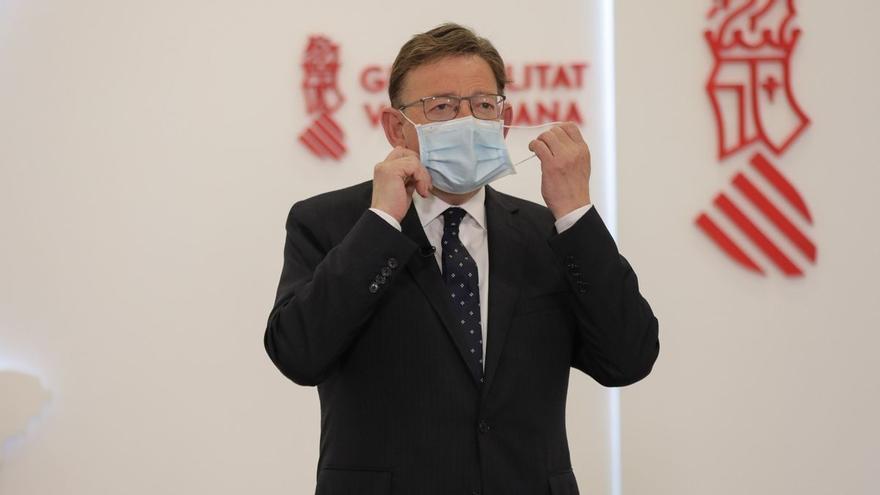 """La Generalitat estudiará """"todas las posibilidades"""" si se determina la tercera dosis de la vacuna"""