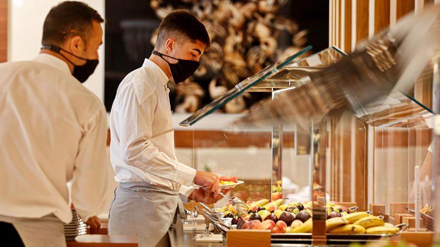 Los hoteles de Ibiza se quedan sin profesionales especializados