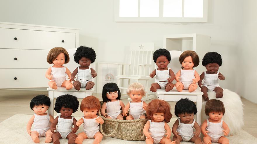 Así son las premiadas muñecas multiétnicas y con síndrome de Down de Miniland