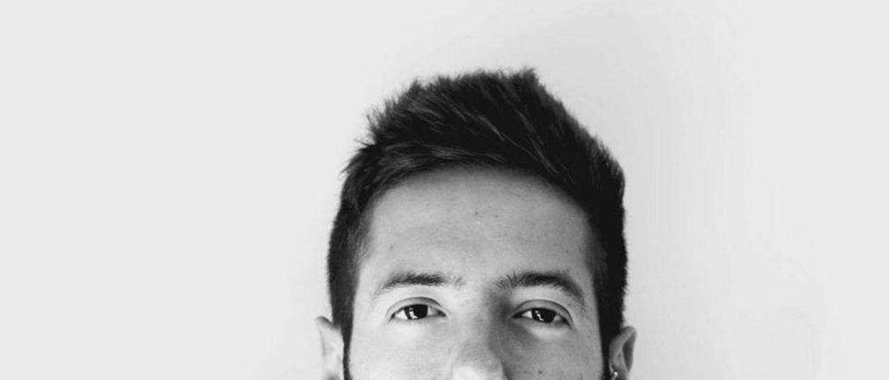 """Sergio Hernández: """"Agradezco a la universidad que me enseñasen a leer"""""""