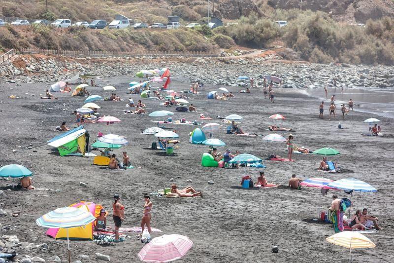 Playas en Santa Cruz de Tenerife en el día de la Virgen del Carmen