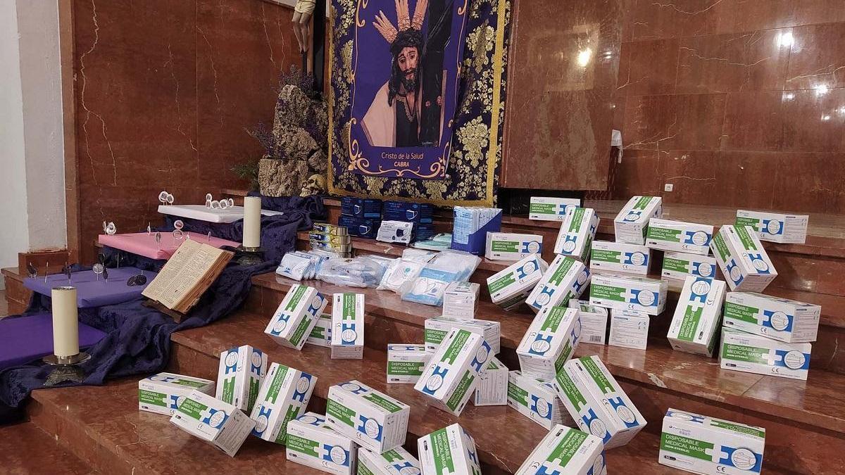 Una empresa dona 2.000 mascarillas a Cáritas en Cabra