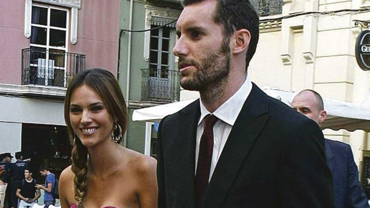 Rudy Fernández y Helen Lindes acudieron a la boda con el resto de la familia.
