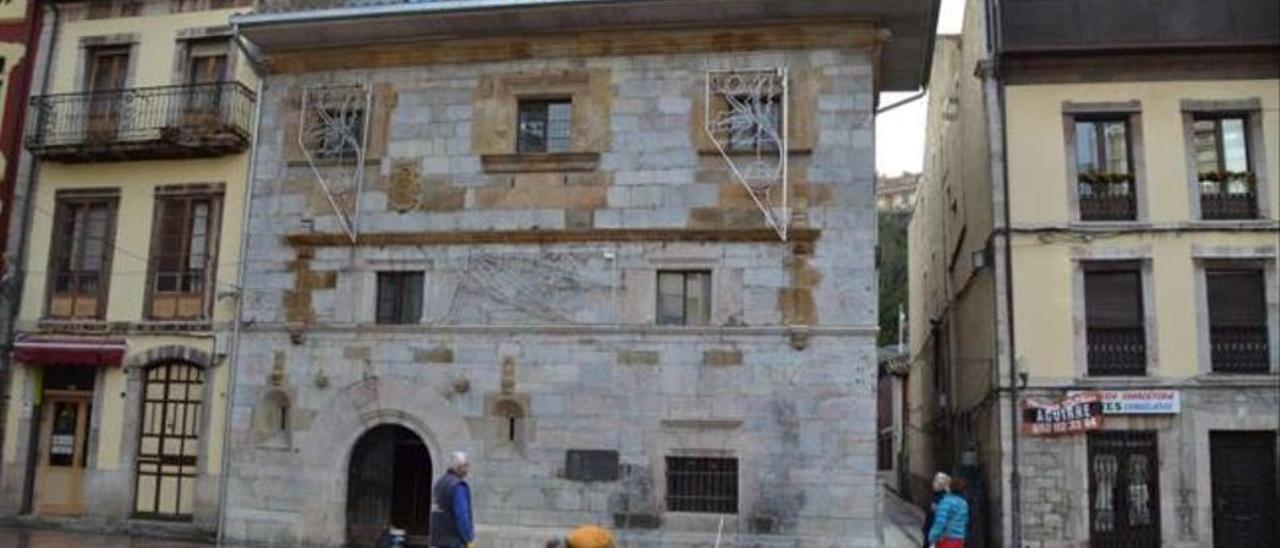 El Ayuntamiento riosellano, en una imagen de archivo. | P.M.