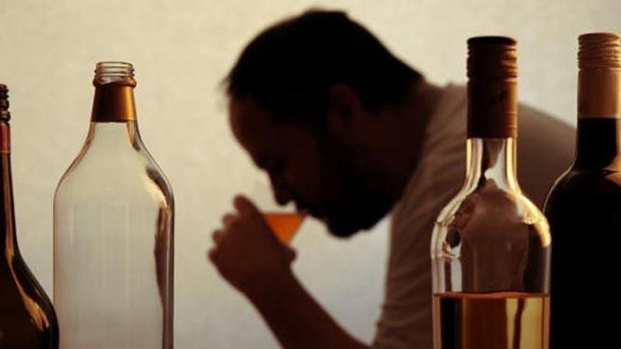 Cáritas atiende en Tenerife a más de 600 personas con alcoholismo en pandemia