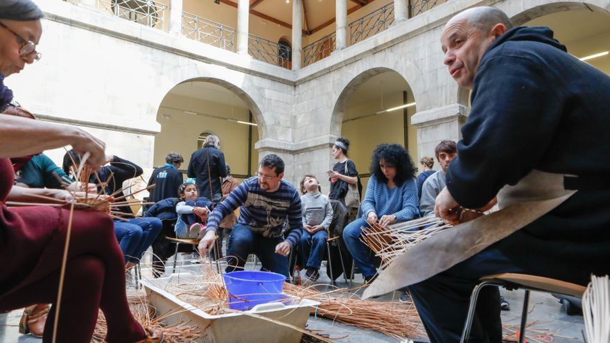 Quince citas con la artesanía y los mercados para disfrutar en Semana Santa en Asturias