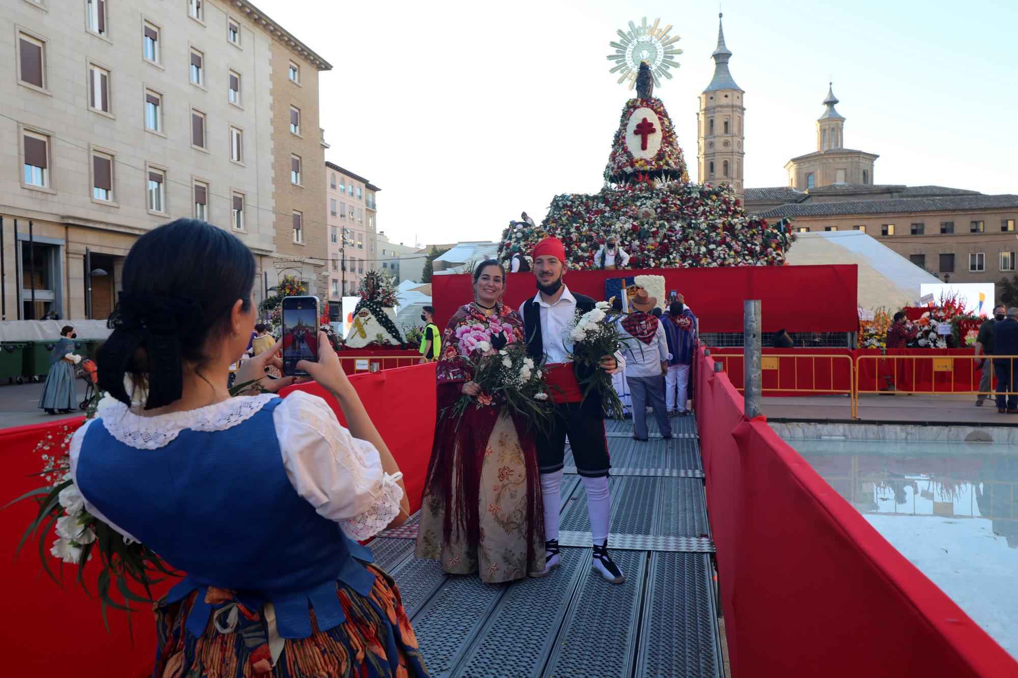 FOTOGALERÍA | La Ofrenda de Flores de estas Fiestas del Pilar 2021 III