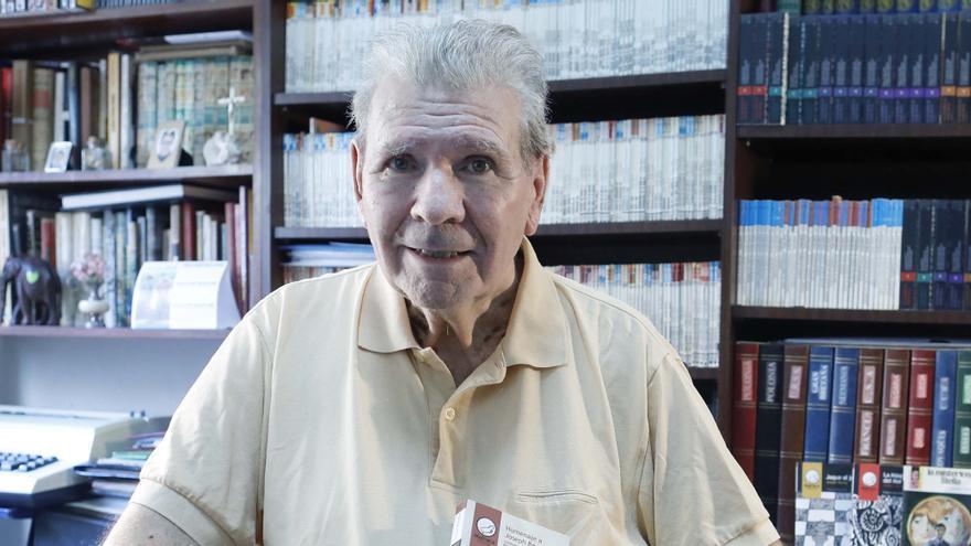 Muere Joseph Berna, el maestro valenciano de la literatura de bolsillo