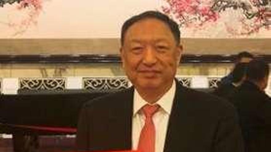 El coruñés Diego González Rivas recibe el máximo galardón de la Medicina china