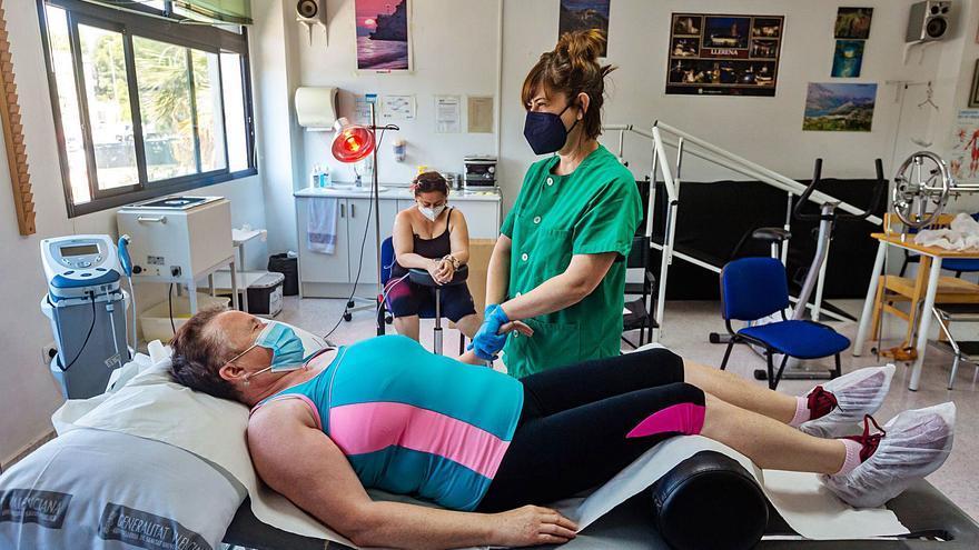 Los centros de salud empiezan a incorporar fisioterapia para pacientes con covid persistente