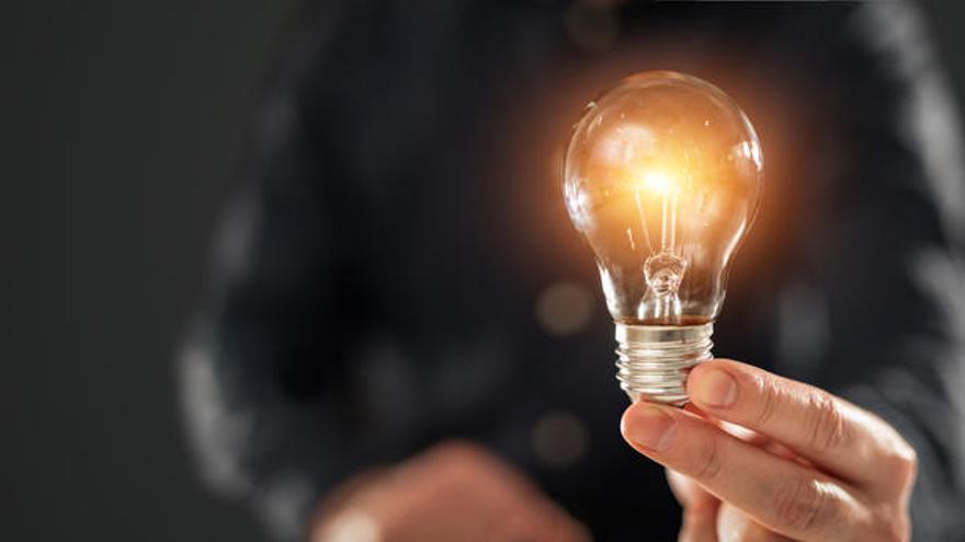 La subida de la luz supondrá 8,36 euros más en la factura de enero