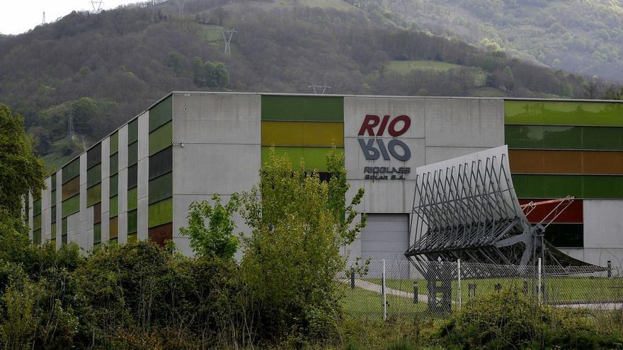 Rioglass Solar, en Lena, propone un ERE que afecta a toda su plantilla, un centenar de personas