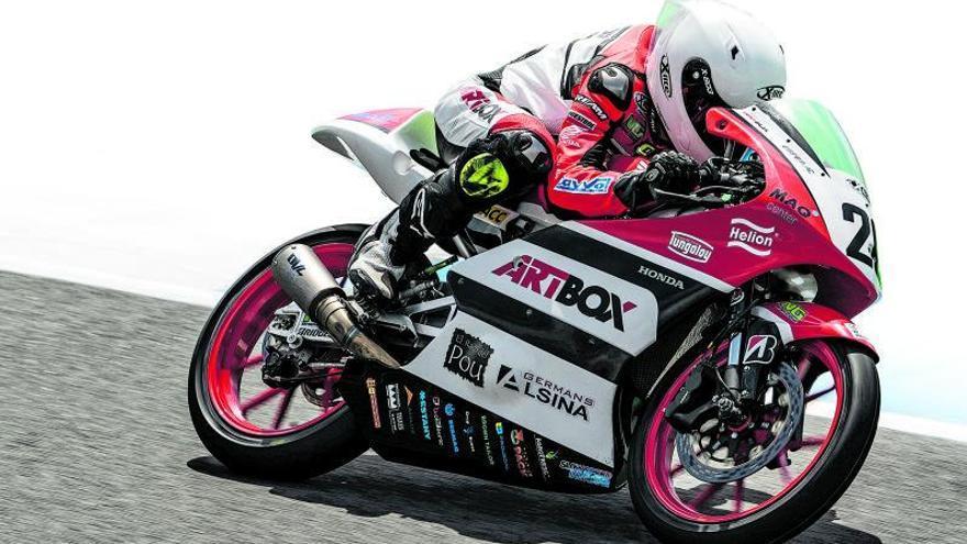 El sallentí Pau Alsina posa la directa cap al mundial de Moto3 a l'European Cup