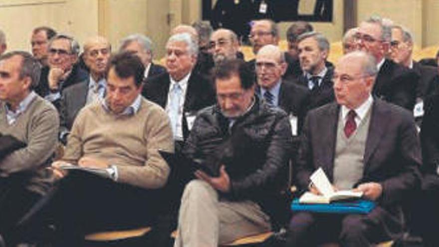 Los jueces absuelven a los 34 acusados de la caída de Bankia