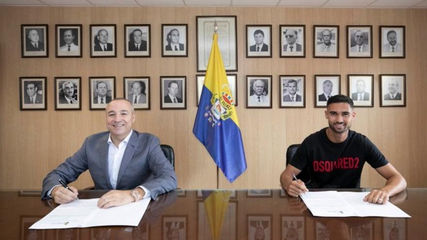 Benito Ramírez amplía su contrato con la UD Las Palmas
