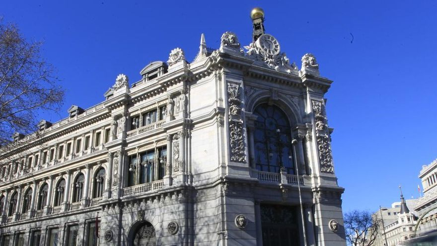 España coloca por primera vez deuda a diez años a un interés negativo
