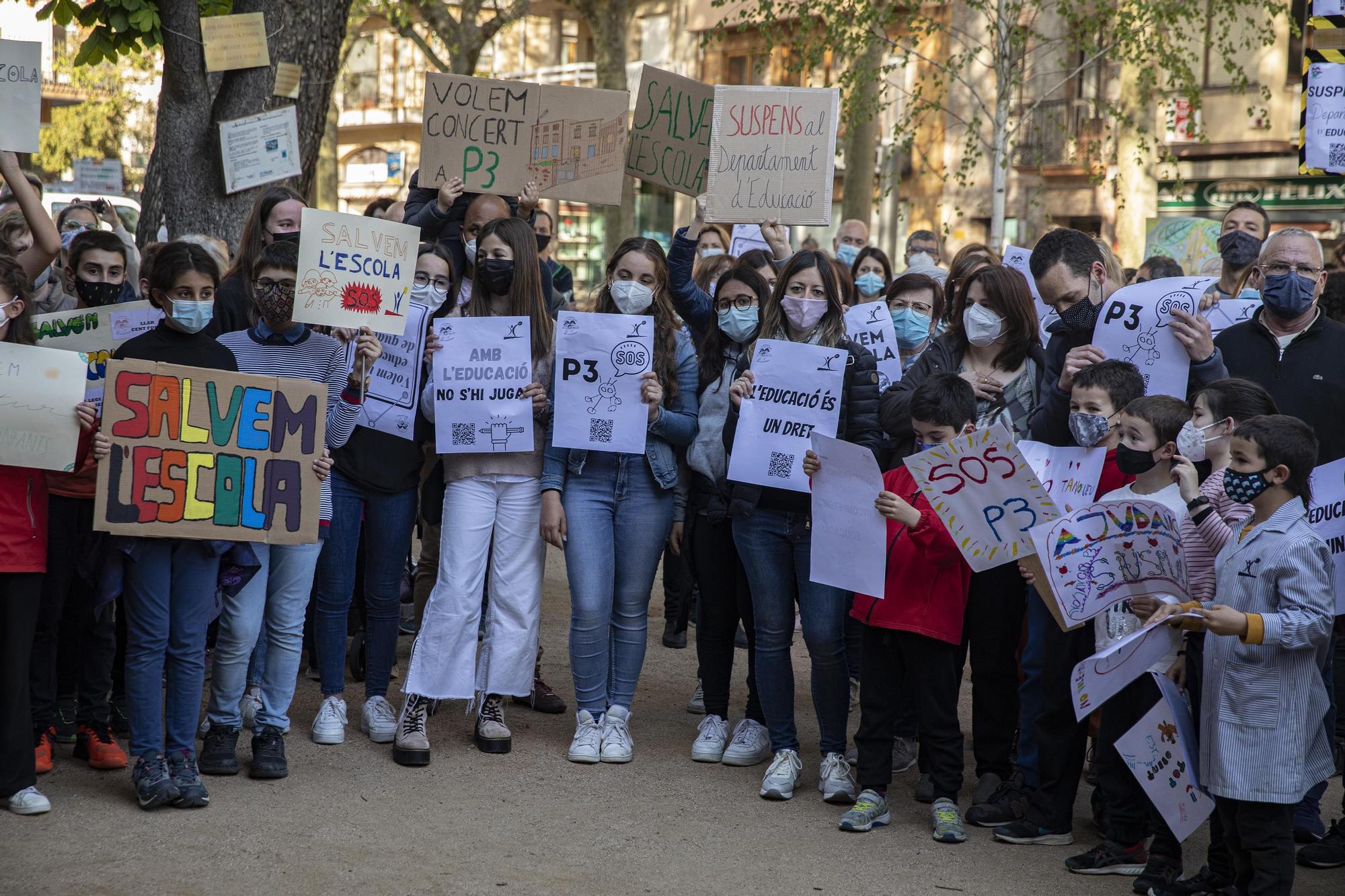 Mobilització a Sant Hilari per defensar la viabilitat de l'escola Sant Josep