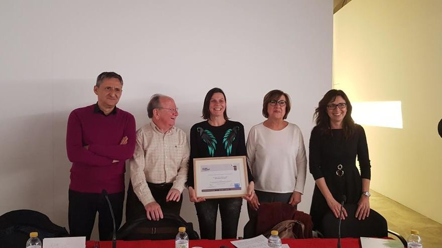 Un estudi sobre l'emigració valenciana als EUA guanya el premi Joan Francesc Mira