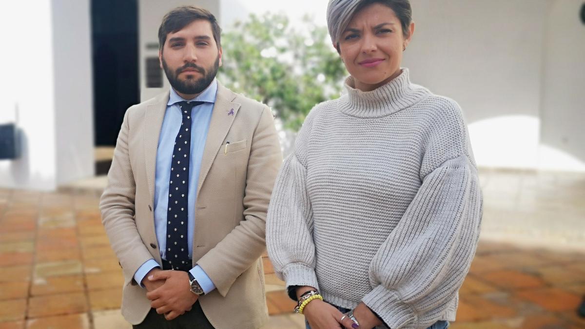 Miguel Castellano, portavoz de Ciudadanos en la Diputación, y Erica Nevado, viceportavoz.