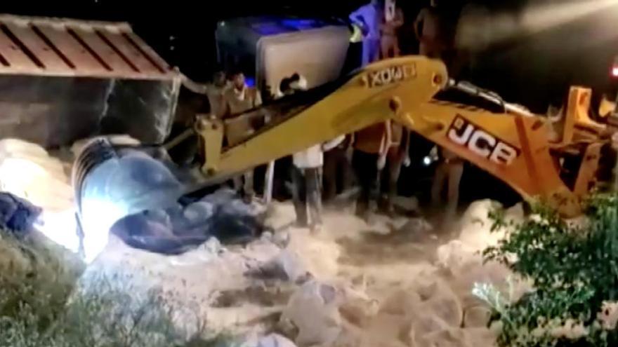 Mueren 25 trabajadores migrantes en la colisión de dos camiones en la India